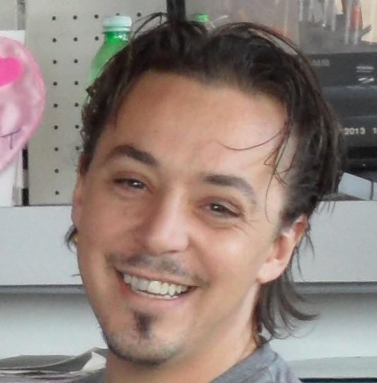 Maurizio Rossi benzinaio a Pietra Ligure