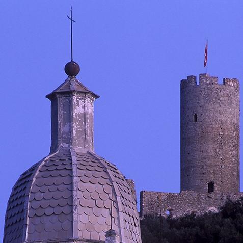 Campanile e Castello di Noli