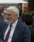 In primo piano il sindaco  di Borghetto, Gianni Gandolfo, nei giorni della mostra mercato