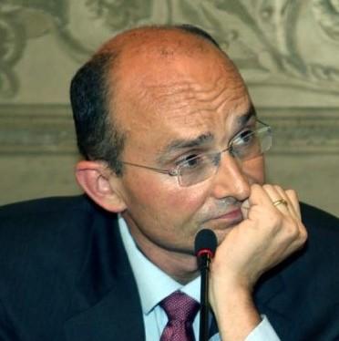 Il sindaco di Finale Ligure, avv. Ugo Frascherelli