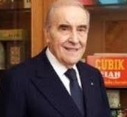 Flavio Repetto, industriale di successo, sotto la sua presidenza la Fondazione Carige acquistò l'elicottero  per 6 milioni e mezzo di euro. Denaro sprecato ?
