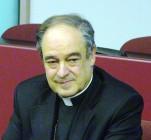 Il vescovo Vittorio Lupi