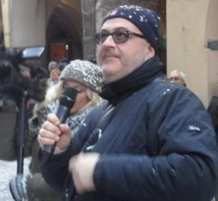 Andrea Pomati giornalista e capo redattore di Imperia Tv al carnevale di Pieve di Teco