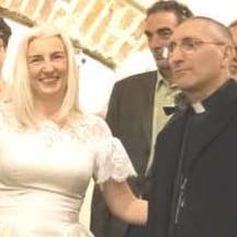 Emanuela Bosco Pesce e il vescovo Guglielmo Borghetti