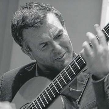 Riccardo Pamparato veterinario e chitarrista per passione