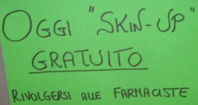 Il cartello comparso in alcune farmacie delle Riviera Ligure
