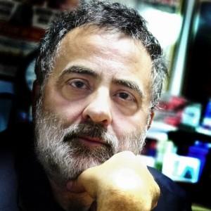 Giuliano Galletta, giornalista, è nato a Sanremo