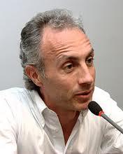 Mediaset perde la causa contro Travaglio e deve risarcire 30 mila euro a Il Fatto