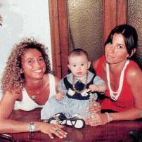 Finale Ligure, come eravamo: Ciro e Gabriella, gioellerie Bruzzone e Bragagni,  abbigliamento Marilena Parodi (Gastone)