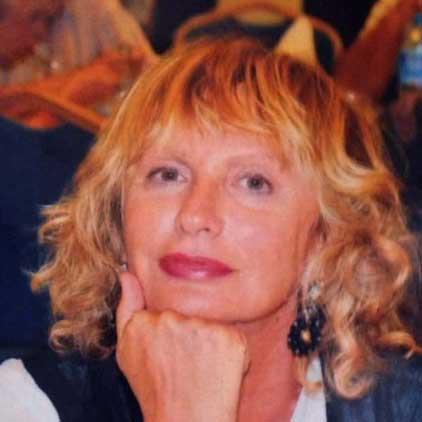 Addio Marisa, giornalista di provincia, quante lacrime ai tuoi funerali
