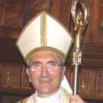 Alassio, tutti in chiesa a pregare col vescovo