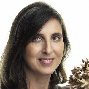 Celle Ligure, intervista a Simonetta ChiarugiA settembre 'Fiori Frutta Qualità'Il mio sogno una casetta nel bosco